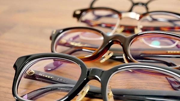 愛用している白山眼鏡店のメガネの紹介