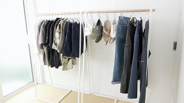 夏を楽しむオススメのTシャツやサンダル、ショートパンツなど23選